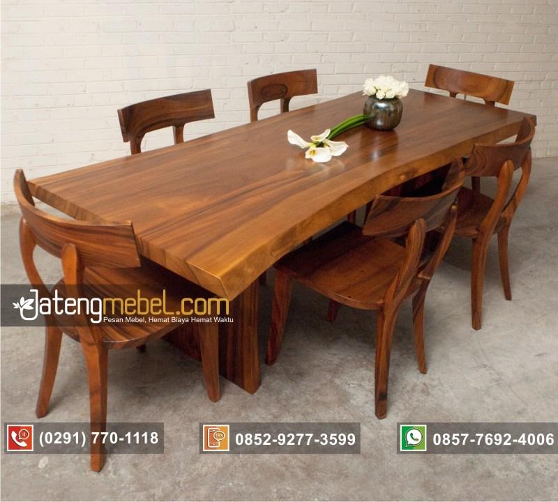 set-meja-makan-trembesi-kursi-lengkung-kayu-solid