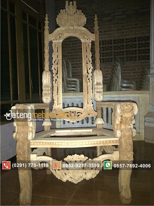 sofa-tunggal-raja-singa-emas1
