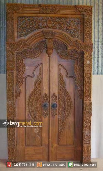 Pintu Gebyok Majapahit Ukir