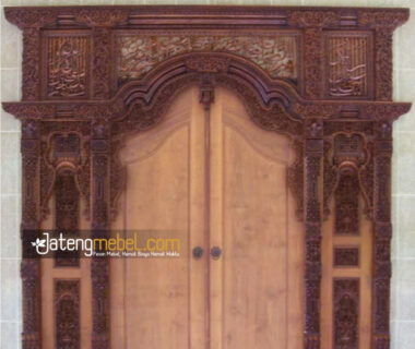 Pintu Gebyok Ukiran Kaligrafi Kayu Jati