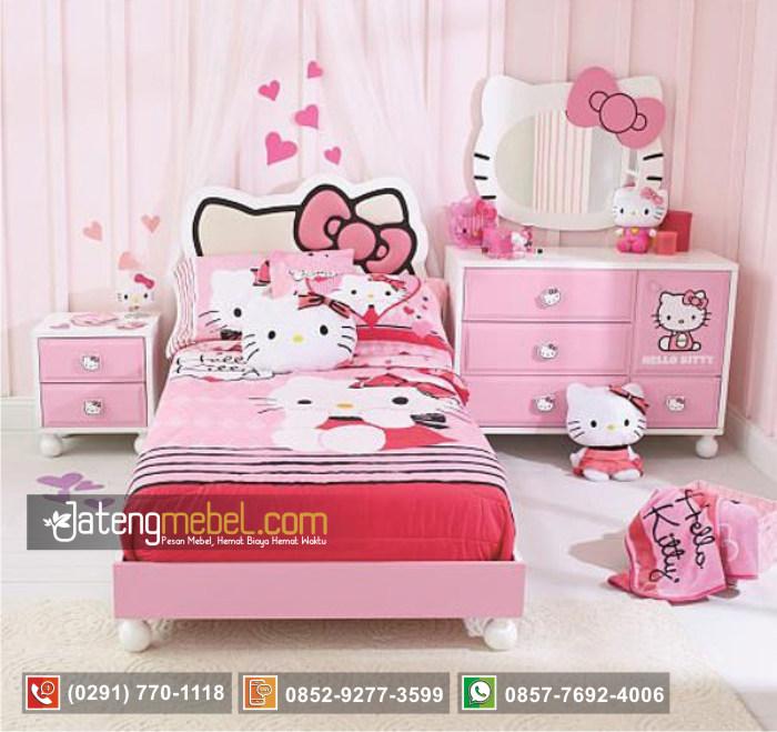 set-tempat-tidur-perempuan-model-hello-kitty