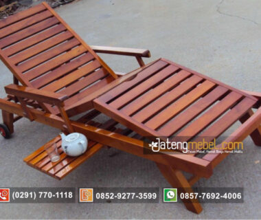Lonjer (Long Chair)
