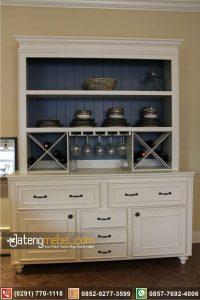 lemari dapur ukir putih mahoni