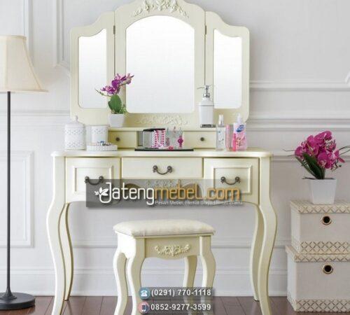 Meja Rias Ukir Warna Putih