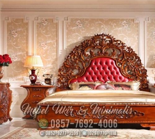 Set Tempat Tidur Ukir Jati Motif Merak Raja